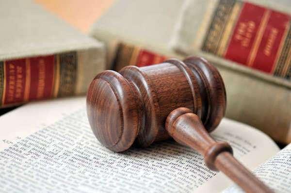 Judge Halts Sales From Wind Turbine Company
