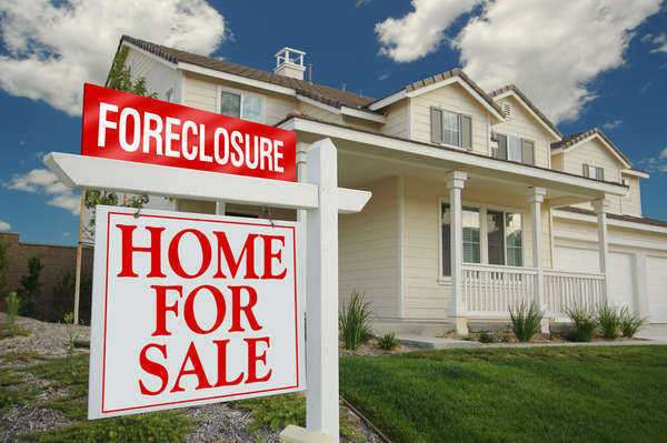 Report: Foreclosure Rates Double in 2011