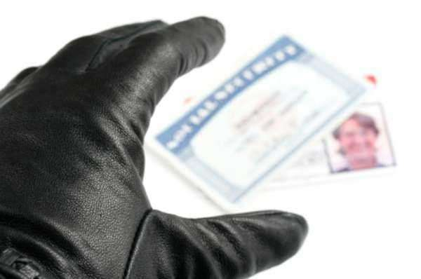 7 Ways to Stop Identity Theft