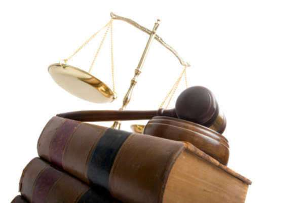 Do Law Firms Have Managers & Administrators?