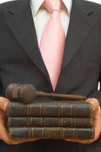 Guide to Lawyer Job Description